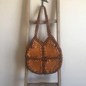 Handbags - 3/$25 Vintage leather shoulder bag